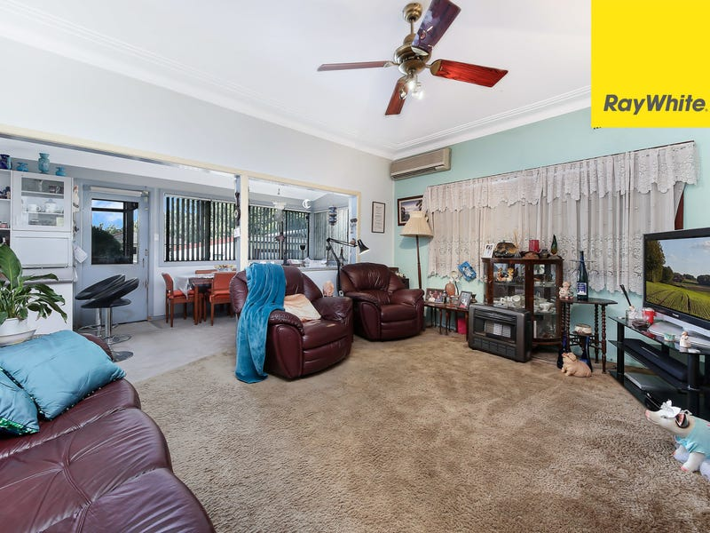 64 Henry Lawson Drive, Peakhurst, NSW 2210
