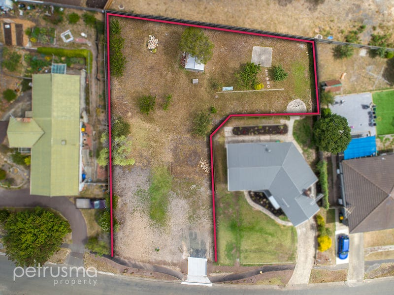 170 Flagstaff Gully Road, Lindisfarne, Tas 7015