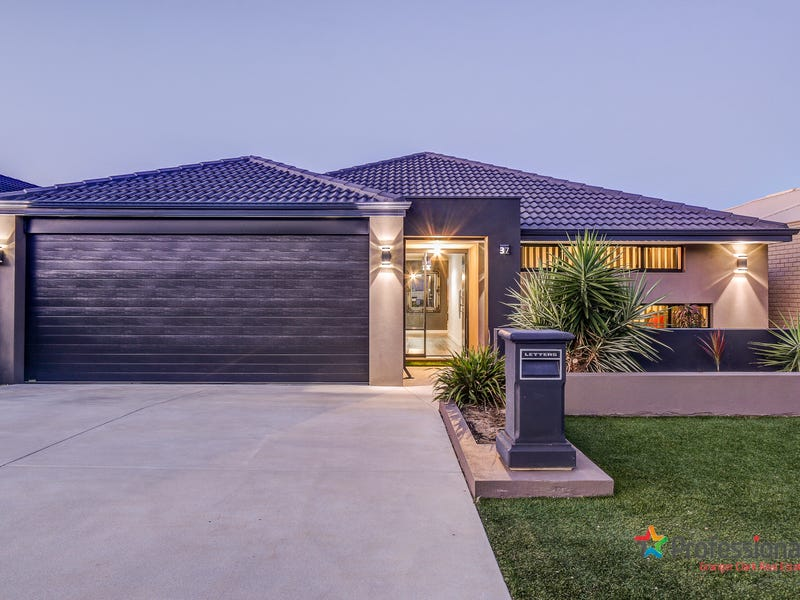 37 Bathurst Gardens, Darch, WA 6065