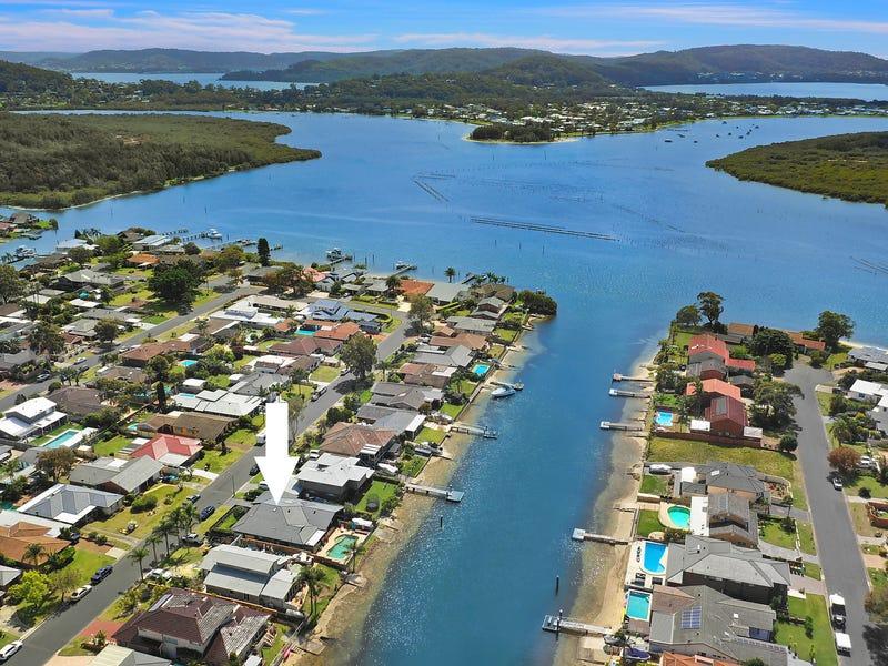 11 Nautilus Crescent, St Huberts Island, NSW 2257