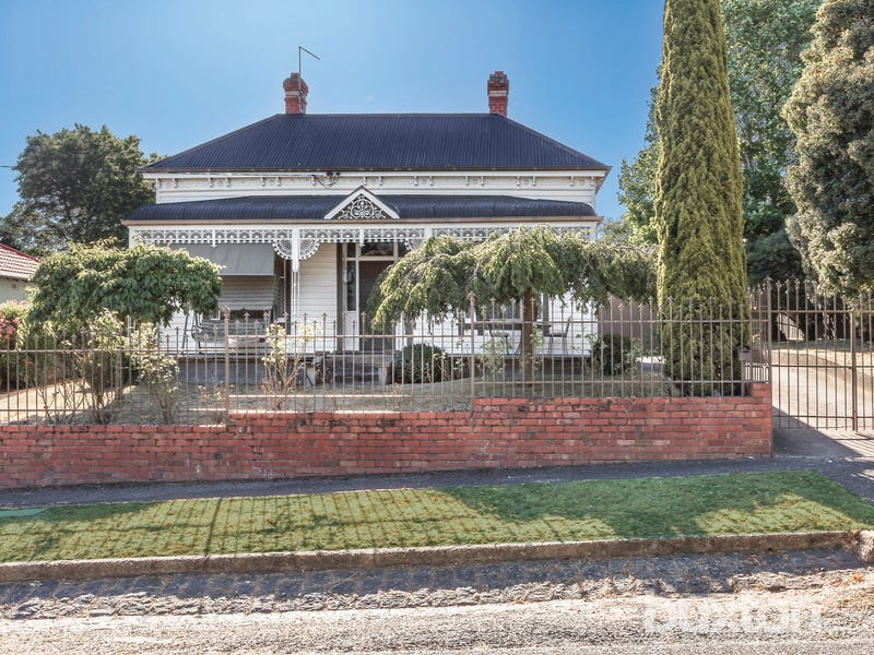 611 Ligar Street, Soldiers Hill, Vic 3350