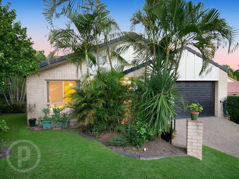 17 Harris Place, Seventeen Mile Rocks, Qld 4073