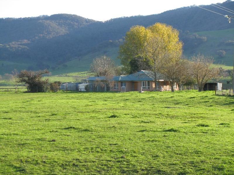 1 Settlement Road, Tintaldra, Vic 3705
