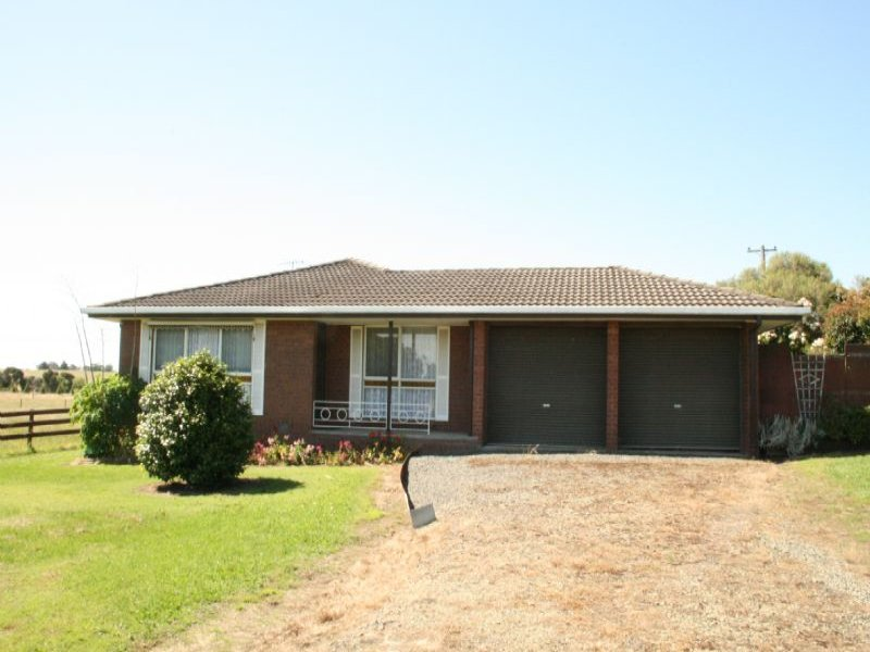 210 Switchback Road, Churchill, Vic 3842