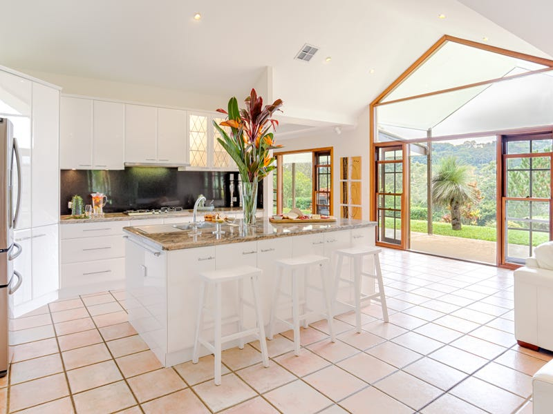 498 Cooroy Mountain Road, Cooroy Mountain, Qld 4563