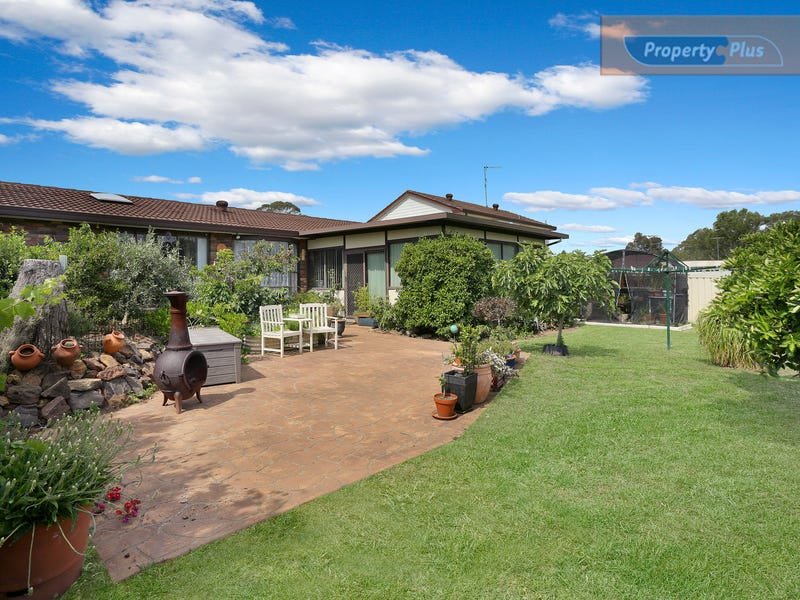 34 Banks Drive, St Clair, NSW 2759