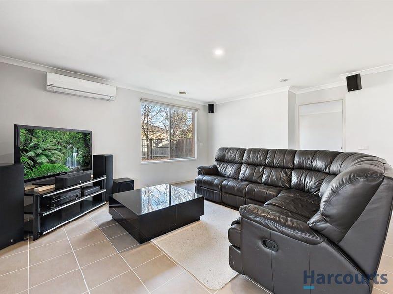 38 Waterbury Street, Cranbourne, Vic 3977