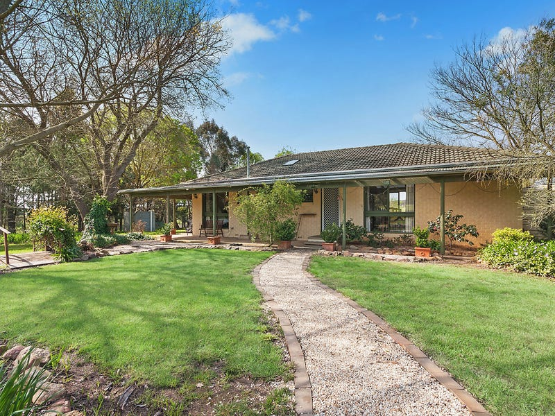 3127 Yass River Road, Gundaroo, NSW 2620