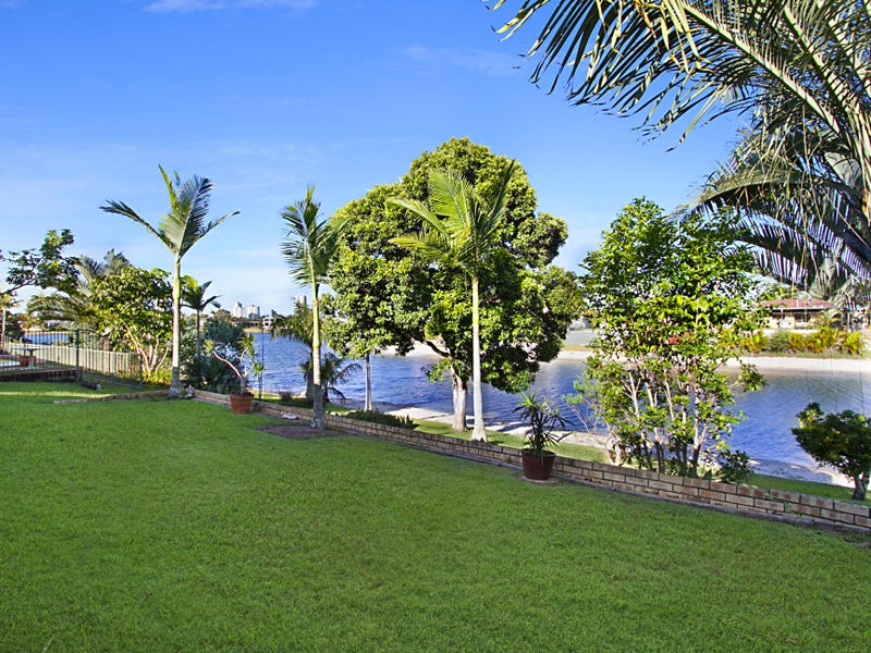 250 Acanthus Ave, Burleigh Waters, Qld 4220