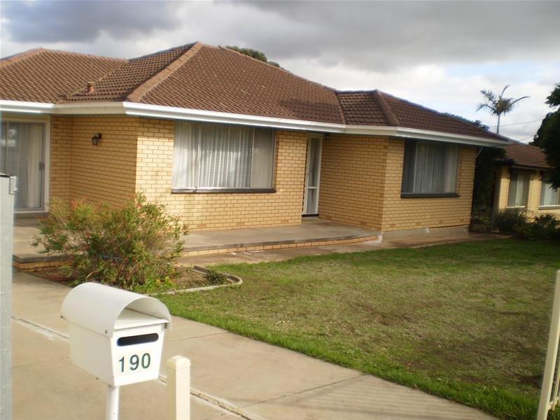 190 Kelly Road, Para Hills, SA 5096