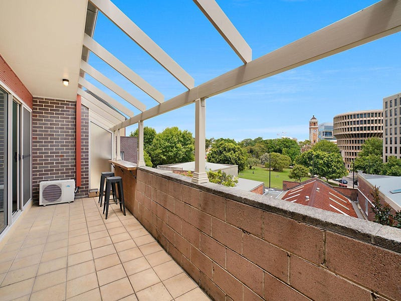 8/124-126 Tyrrell Street, The Hill, NSW 2300