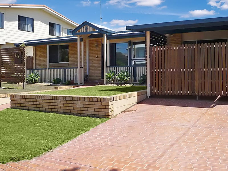 19 Kumala Street, Battery Hill, Qld 4551