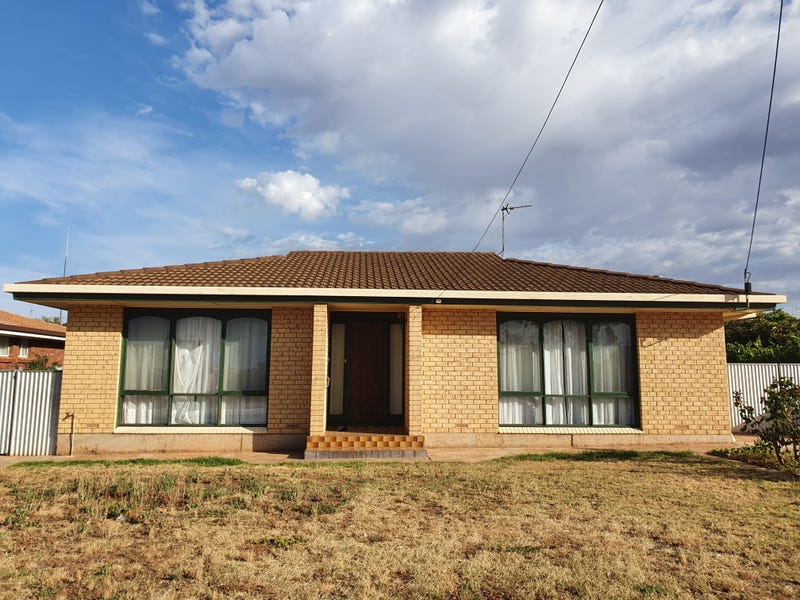 118 CHARLES AVENUE, Whyalla Norrie, SA 5608