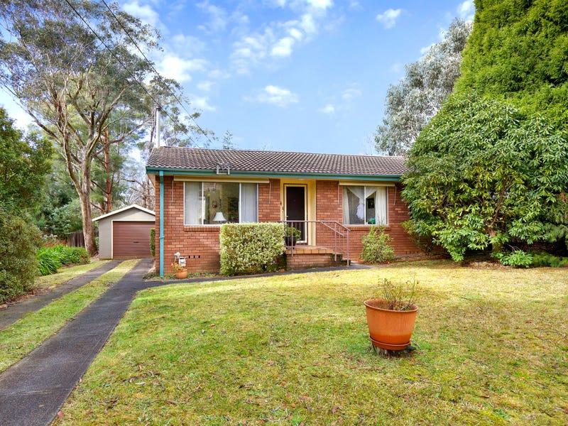 12 Boronia Road, Wentworth Falls, NSW 2782
