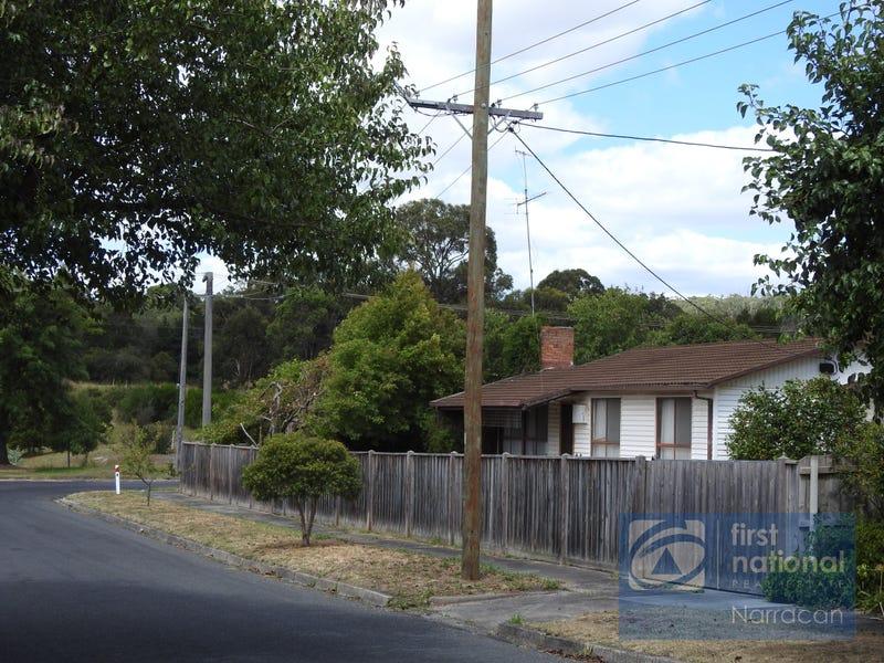 24 Eastern Ave, Newborough, Vic 3825