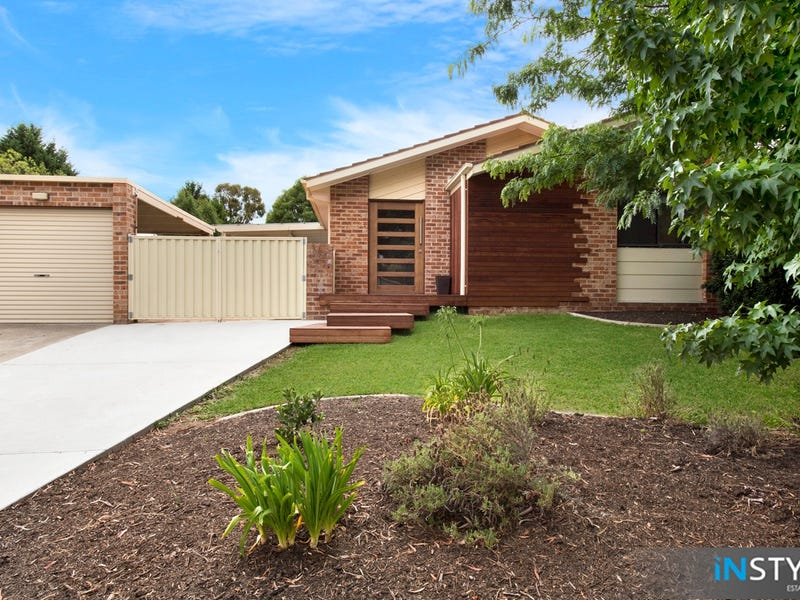 11 Fink Crescent, Calwell, ACT 2905