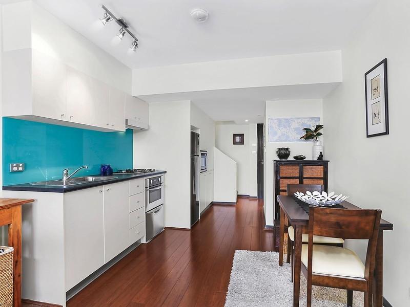 210/128 Sailors Bay Road, Northbridge, NSW 2063