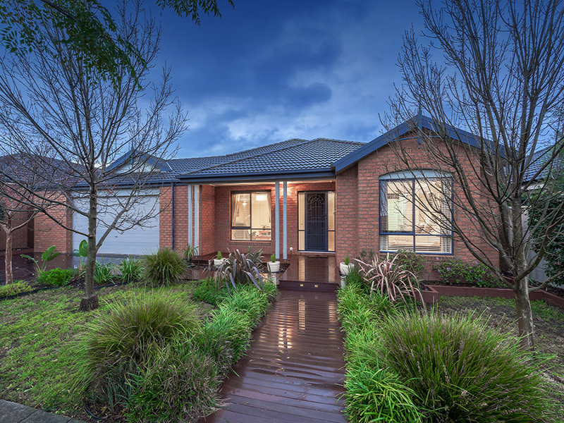 6 Long Island Circuit, Craigieburn, Vic 3064
