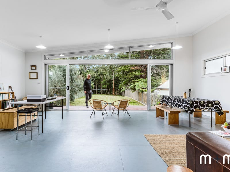14 Kialoa Road, Woonona, NSW 2517