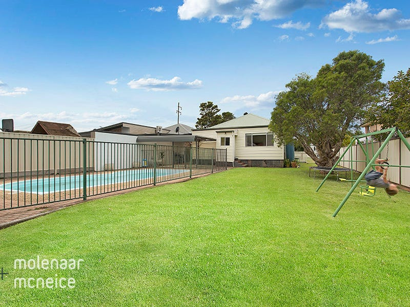 16 East Street, Russell Vale, NSW 2517