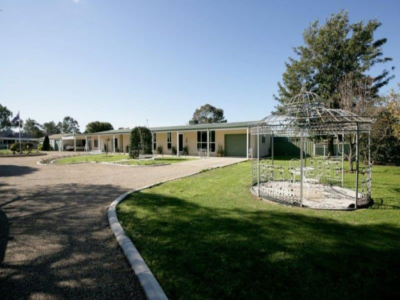 27 Gregadoo Road, Lake Albert, Wagga Wagga, NSW 2650