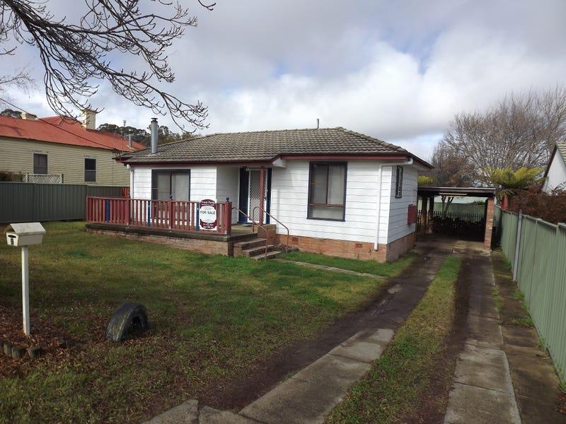 9 Scott Street, Glen Innes, NSW 2370