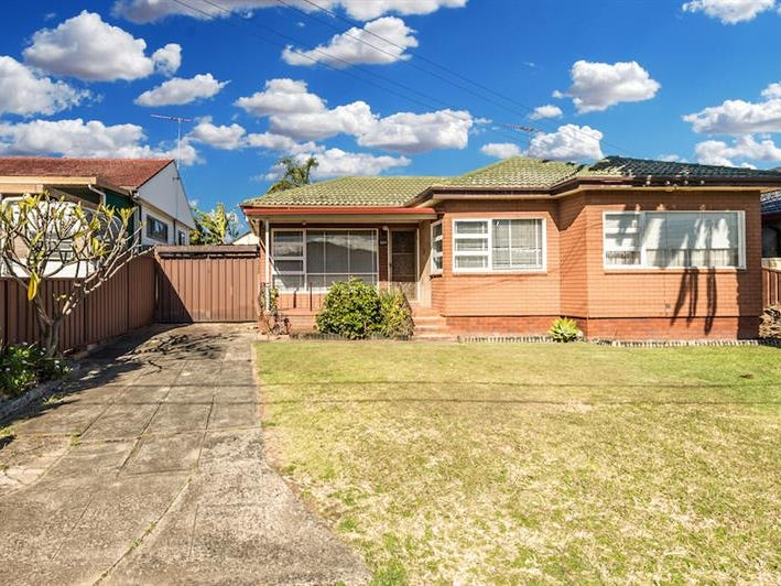 824 The Horsley Dr, Smithfield, NSW 2164