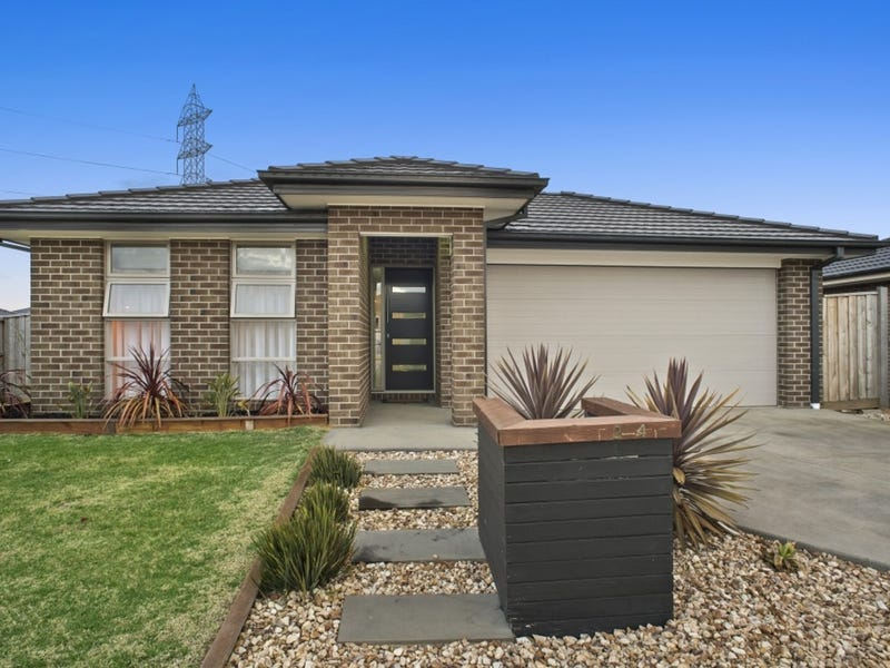 2-4 Whitehaven Chase, Armstrong Creek, Vic 3217