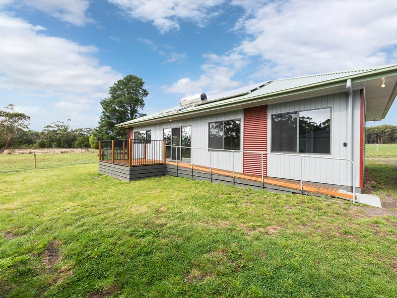 385 Wilsons Road, Barongarook, Vic 3249