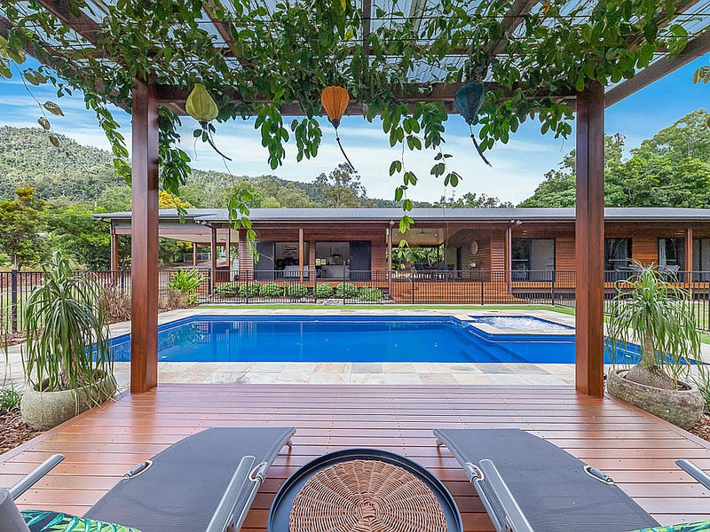 57 Hibiscus Road, Cannon Valley, Qld 4800