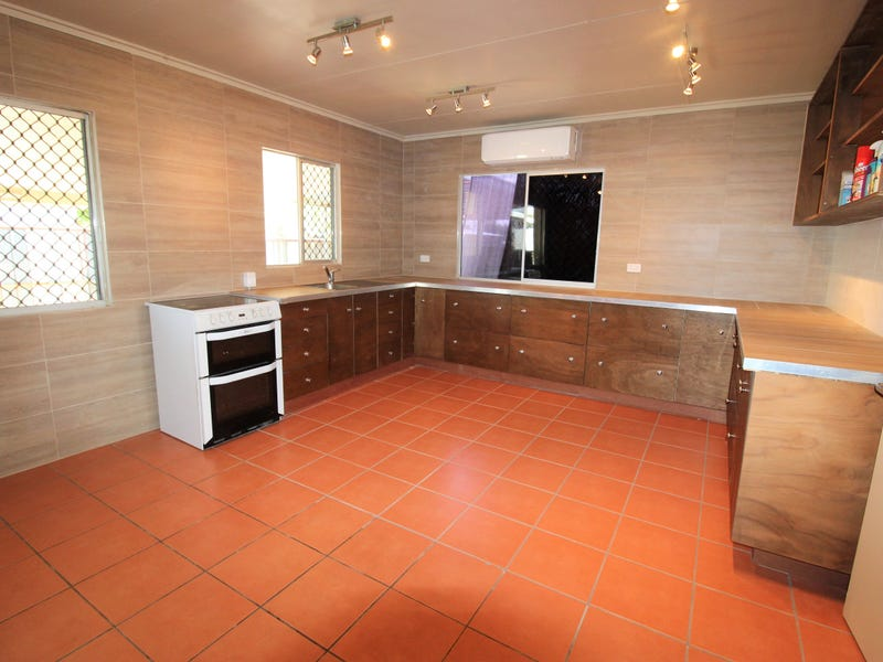 45 Cook Cres, Sunset, Qld 4825