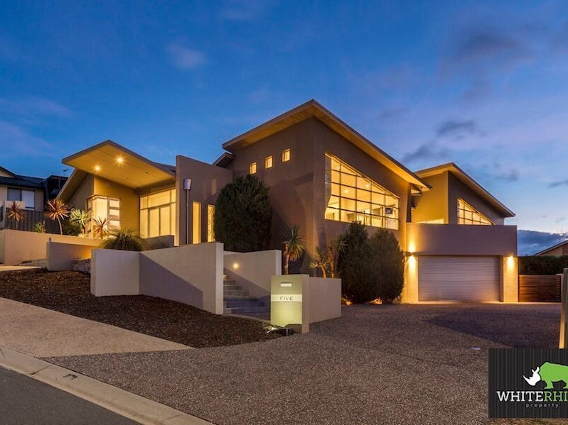 5 Hickory Place, Jerrabomberra, NSW 2619