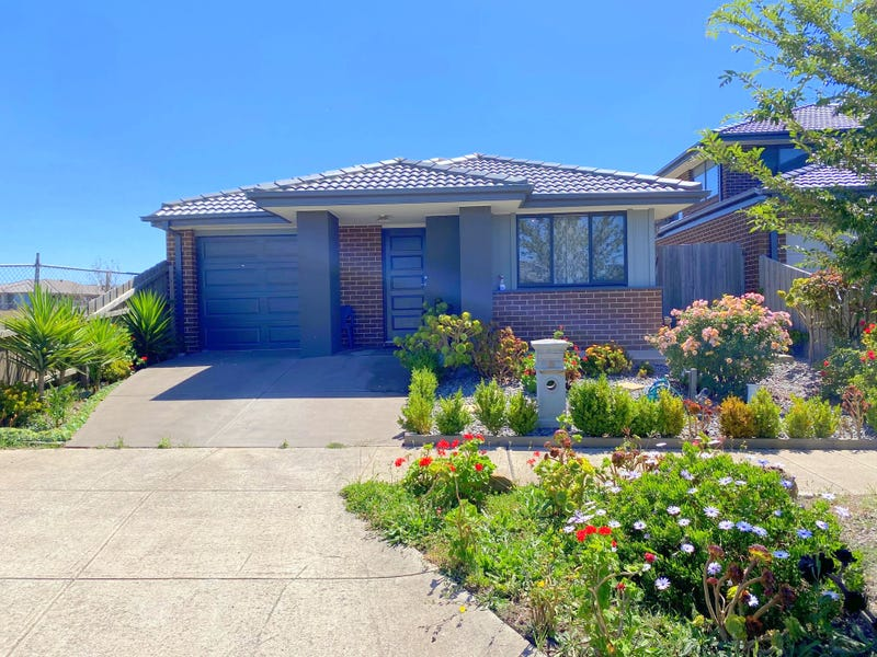 18 Bloomsbury Place, Wollert, Vic 3750