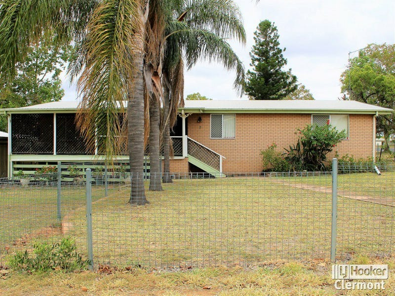 2 French Court, Clermont, Qld 4721
