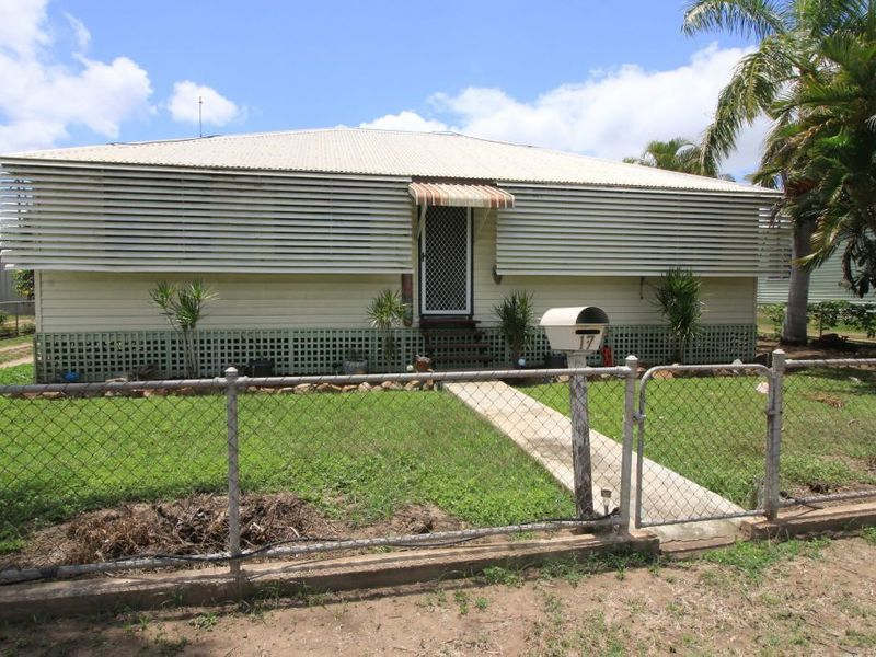 17 Ninth Ave, Home Hill, Qld 4806