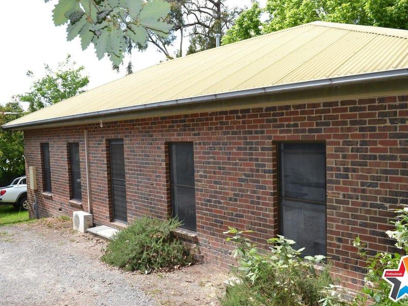 10 Acorn Grove, Mooroolbark, Vic 3138