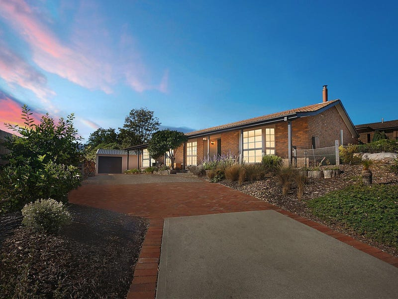 3 Fitzgibbon Place, Queanbeyan, NSW 2620