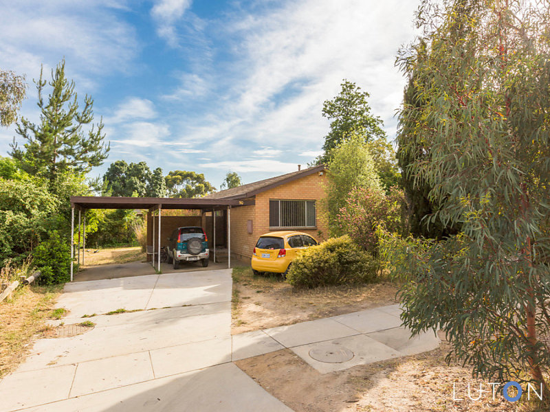 90 Belconnen Way, Page, ACT 2614
