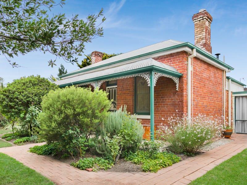 174 Piper Street, Bathurst, NSW 2795
