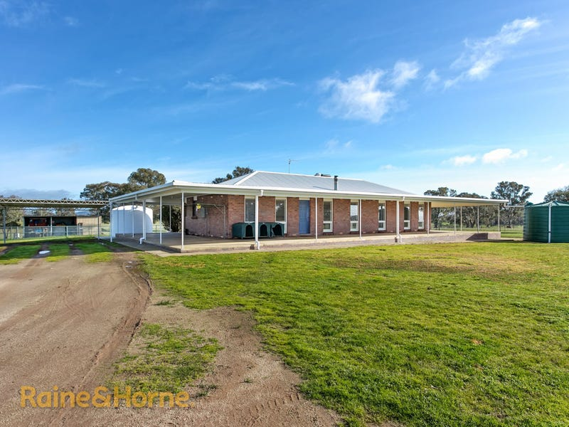 216 Ashfords Road, Gregadoo, NSW 2650