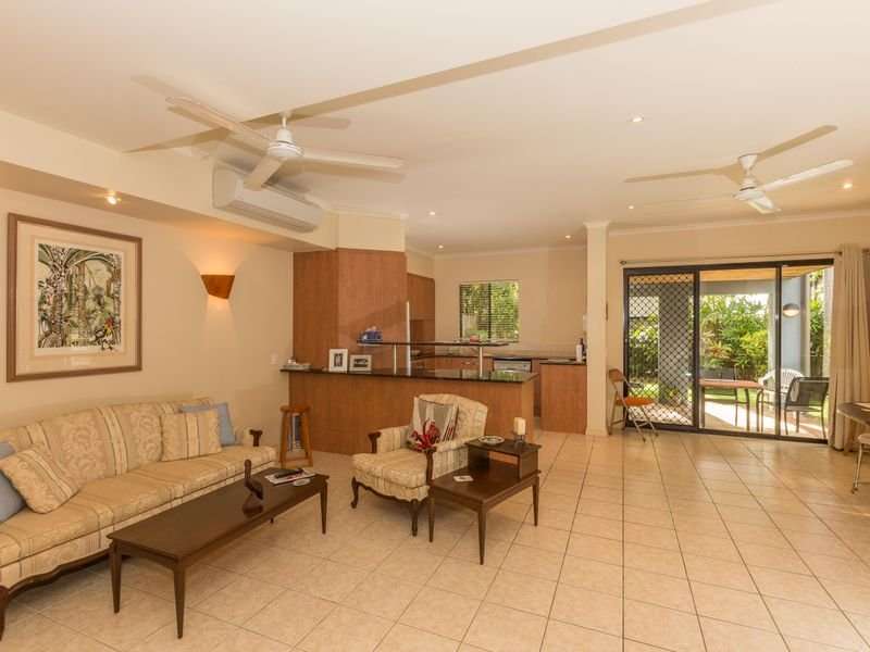 4/5-7 Arlington Esplanade, Clifton Beach, Qld 4879