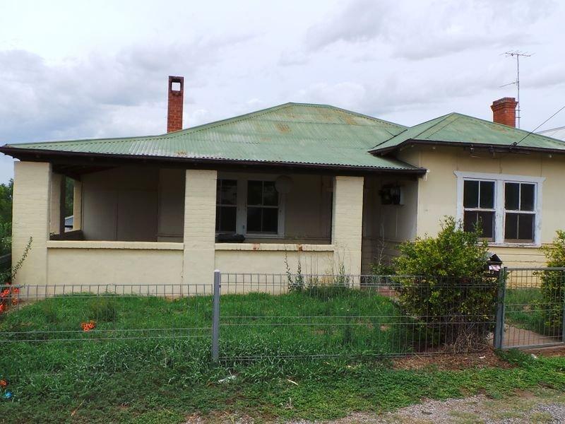 49 Byrnes Avenue, Tamworth, NSW 2340