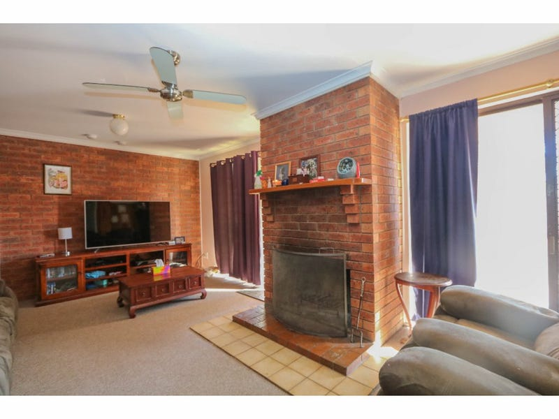 11 Katandra Place, Kelso, NSW 2795