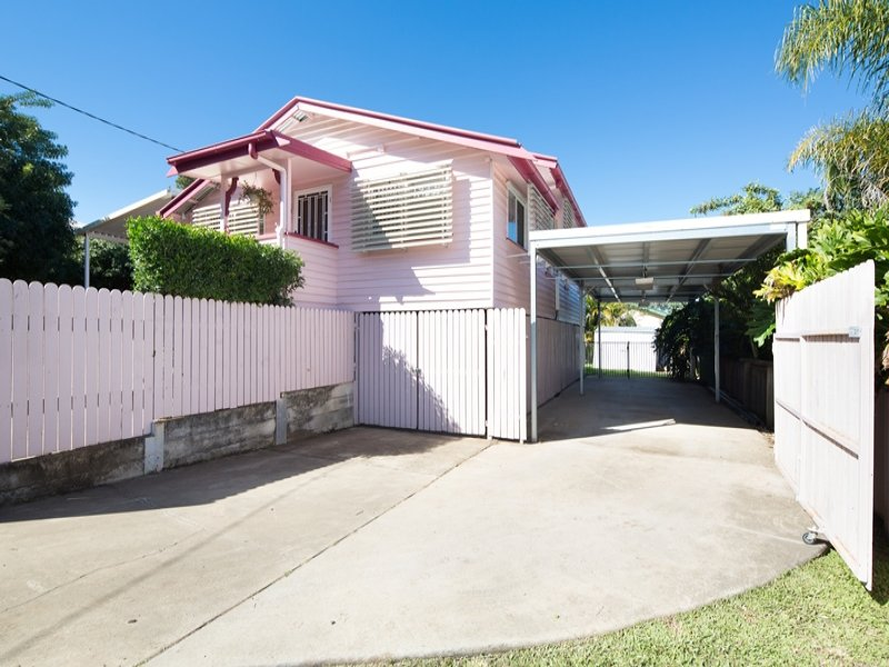 84 Woodford Street, One Mile, Qld 4305