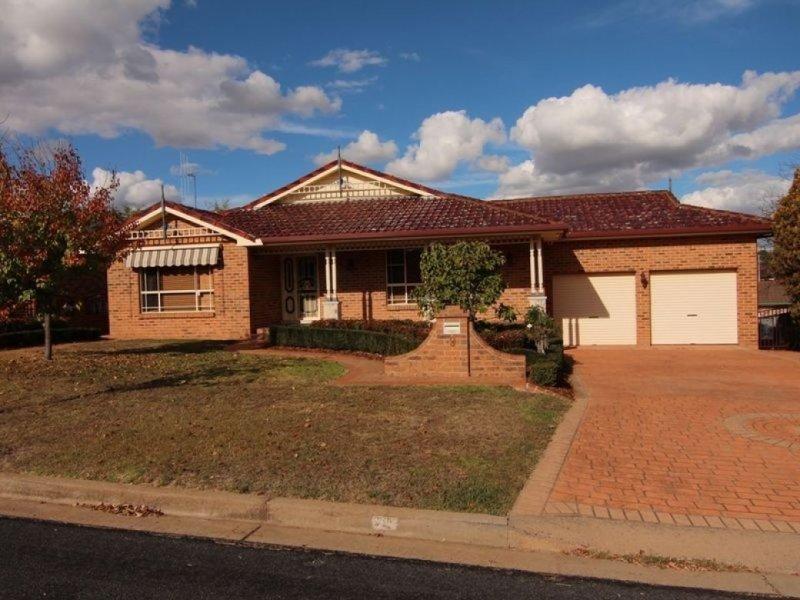 9 Pine Ridge Drive, Orange, NSW 2800