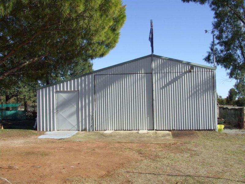 339 Pine Hill Road, Narrandera, NSW 2700