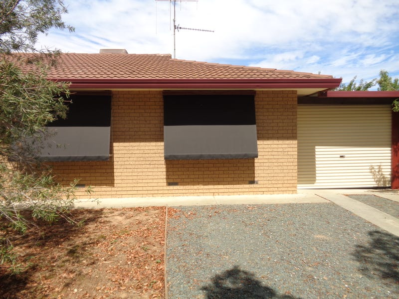2/9 Priory St, Rochester, Vic 3561