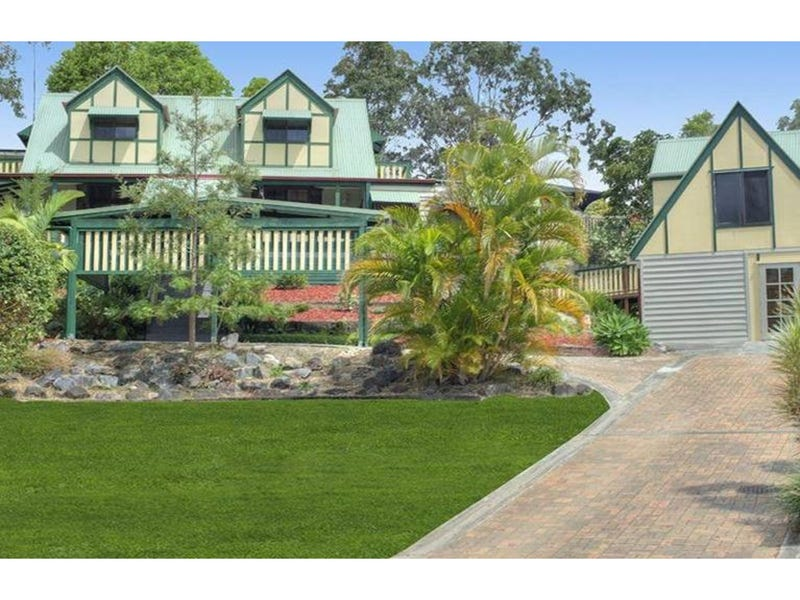18 Robe Court, Helensvale, Qld 4212