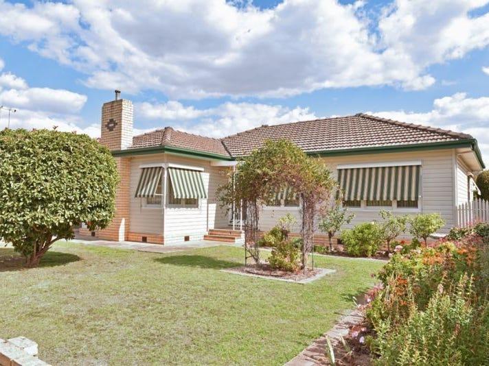 6 Thomas Street, Kangaroo Flat, Vic 3555