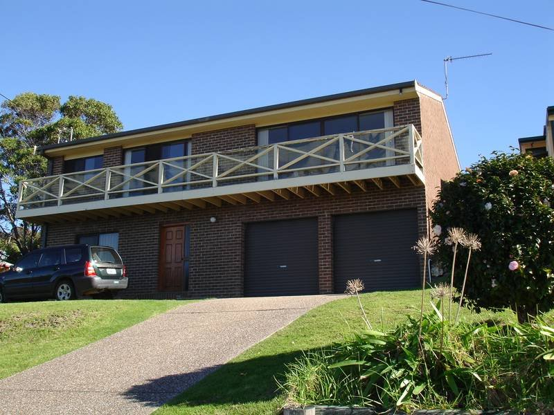 33 Baldwin Ave, Kianga, NSW 2546